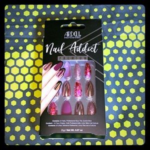 Ardell press on DELUXE FAKE NAILS
